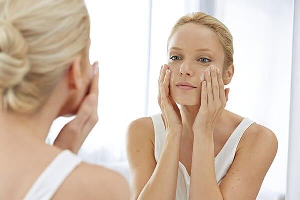 beste Grundlage für alternde Haut über 40